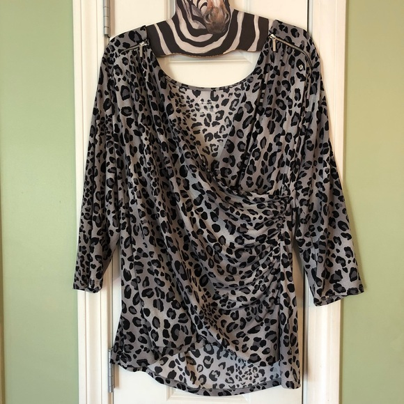 f09b11dbc28 Lane Bryant Tops - Lane Bryant Animal Print Zip Leopard Wrap Top